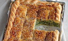 La ricetta della torta salata ripiena di verdure e formaggio