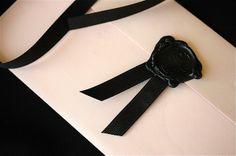 Black wax seal, matte black ribbon and pale pink envelope Black Wedding Invitations, Wedding Stationary, Tarjetas Diy, Pink Envelopes, Decorated Envelopes, Wax Seal Stamp, Black Ribbon, Trendy Wedding, Paper Goods