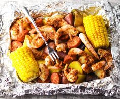 This Shrimp Boil in Foil literally only takes 20 minutes to bake in the oven. No big messy pots to clean up either. Just toss everything together in a foil packet and done! This makes clean up a total breeze! ** CLICK PIN TO LEARN MORE! Foil Packet Dinners, Foil Dinners, Shrimp Boil Foil, Shrimp Foil Packets Oven, Shrimp Boil In Oven, Shrimp Bake, Cajun Seafood Boil, Seafood Broil, Baked Shrimp
