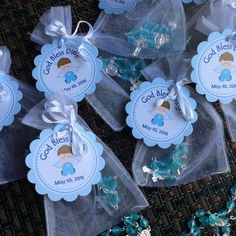 24 organza bags with mini rosaries included and thank you card- Boy Baptism favors- Christening Baptism girl favors - first communion rosari Baptism Boy Favors, Christening Party Favors, Communion Favors, Baby Boy Baptism, Baptism Party, Baby Shower Party Favors, Baby Shower Parties, Boys First Communion, Baptism Centerpieces