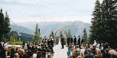 Before you plan an outdoor wedding check out these tips by our Wedspire CEO via BRIDES to avoid.