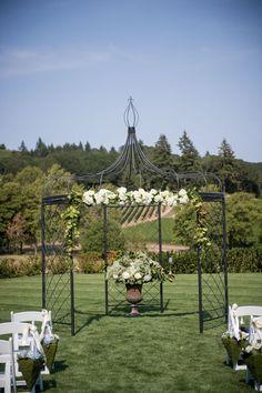 Gorgeous day for a wedding ceremony   Zenith Vineyard in Salem, Oregon