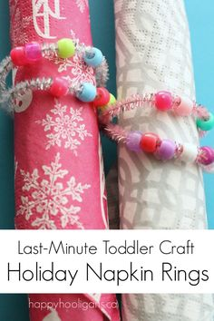 Easy bead and pipe cleaner napkin rings.  A perfect last minute Christmas craft, and a fun way for toddlers and preschoolers to help decorate your holiday table - Happy hooligans