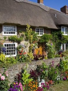 size: Photographic Print: Thatched Cottage, Selsey Poster by Charles Bowman : Subjects Cute Cottage, Cottage In The Woods, English Cottages, Cottages England, Cottage Homes, Cottage Gardens, Cottage Patio, Cottage Kitchens, Places