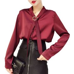 Купить товарМода V Средства ухода за кожей шеи шелковая блузка с длинным рукавом ослабить офисные Для женщин блузка Топ Высокое качество атлас Блузки для малышек женский топ в категории Блузки и рубашкина AliExpress. Мода V Средства ухода за кожей шеи шелковая блузка с длинным рукавом ослабить офисные Для женщин блузка Топ Высокое качество ат%