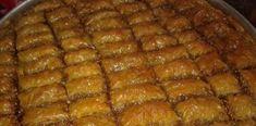 Φτιάξτε εύκολα Μπακλαβά με καρύδια και τραγανά φύλλα Sweetest Day, Appetisers, Dessert Recipes, Desserts, Greek Recipes, Food And Drink, Sweets, Beef, Cooking