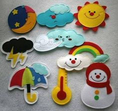 Cute idea for teaching weather and times of day - could put magnets! Quiet book page idea Felt Diy, Felt Crafts, Fabric Crafts, Diy And Crafts, Crafts For Kids, Quiet Book Patterns, Felt Patterns, Sewing Projects, Craft Projects