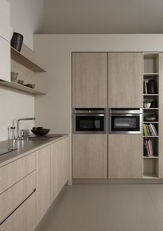 Kitchen. New Series 45 Dica : functionality and minimalism in the kitchen