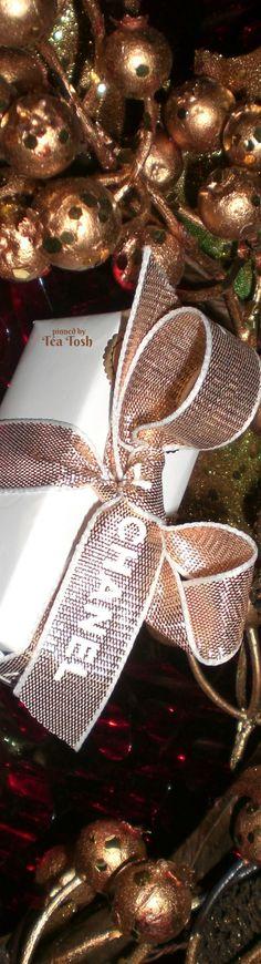 ❇Téa Tosh❇ Chanel Christmas