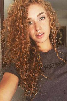 11 so perfekte lockige Frisuren für lange Haare Ideen afro bangs hair hair styles mujer peinados perm style curly curly Natural Hair Styles, Short Hair Styles, Natural Beauty, Bun Styles, Beautiful Haircuts, Curly Wigs, Curly Perm, Curly Red Hair, Black Hair