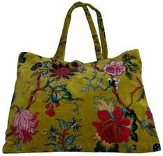 The range of fashion accessories and home furnishings is made in Rajasthan India, which is famous for its vibrant colours. Carpet Bag, Unique Purses, Boho Bags, Fabric Bags, Cloth Bags, Handmade Bags, Beautiful Bags, Bag Making, Purses And Bags