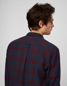Checked shirt - Shirts - Clothing - Man - PULL&BEAR Ukraine