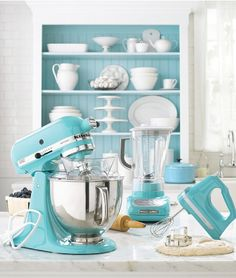 I dream of a kitchenaid mixer in light pink, but the turquoise is the runner-up! #kitchenaid #home #style #interior #kitchen
