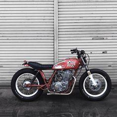#sr400 #sr500 #カスタムバイク #reynal #motorcycle #hotrod #yamahasr #custombike #bobber