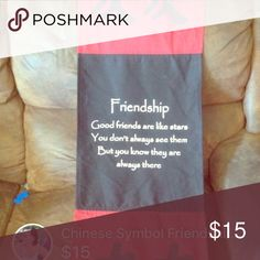 Friendship sign decor Super cute room decor, just does not fit with my room theme! (Great gift for a friend!) Absolutely no wear, just like new. Other