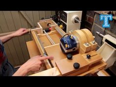 Homemade Router Spiral Cutting Jig: How It's Built - YouTube