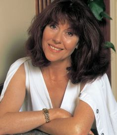 Elisabeth Sladen, Sarah Jane Smith from Doctor Who Doctor Who Tv, 4th Doctor, Sarah Jane Smith, Doctor Who Companions, Classic Doctor Who, Torchwood, Celebs, Celebrities, Actress Photos