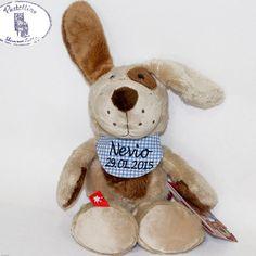 Kuscheltier Hund Wuffi Wuff von Sigikid mit individuellem Namenstuch. Auf dem Namenstuch wird der Name und das Geburtsdatum eingestickt. Fall gewünscht, wird das Taufdatum eingestickt. Ein Hund, der beste Freund für Klein und Groß:)  von Pastellino Schönes zum Liebhaben auf DaWanda.com