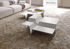 CUTS, Occasional Tables Designer : Philippe Nigro | Ligne Roset