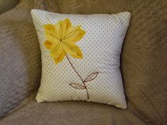 Handmade by Rebekah - flower power cushion cover Flower Power, Stitching, Workshop, Cushions, Throw Pillows, Website, Knitting, Cover, Flowers