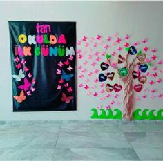 Vero Guzman's media content and analytics School Board Decoration, Class Decoration, Tans, Preschool, Classroom, Education, Birthday, Frame, Creative