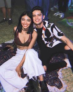 Nadine Lustre Instagram, Nadine Lustre Outfits, Asian Celebrities, Celebs, Lady Luster, Inverted Triangle Body, James Reid, Kpop Couples, Jadine