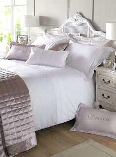 New Holly Willoughby Bedding Range Soft Pretty Heather Lace Bed Linen Design At Bhs Bedroom