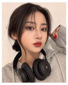 Korean Girl Cute, Korean Girl Ulzzang, Pelo Ulzzang, Ulzzang Short Hair, Korean Girl Photo, Pretty Korean Girls, Korean Beauty Girls, Korean Girl Fashion, Cute Asian Girls