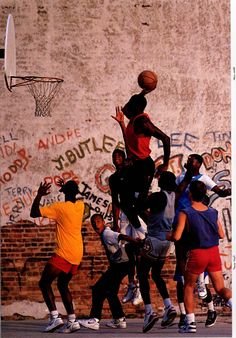 1989 Air Jordan Look Book I don't know what this is but I like it. Basketball Art, Basketball Pictures, Basketball Legends, Sports Pictures, Basketball Playoffs, Houston Basketball, Street Basketball, Football Players, Jordan 23