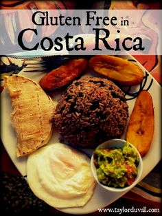 Wondering if you can eat gluten free in Costa Rica? Short answer: you can! Here's your guide to Gluten Free Costa Rica! Vegan Gluten Free, Gluten Free Recipes, Costa Rican Food, My Favorite Food, Favorite Recipes, Island Food, Latin Food, Meals For Two, Foodie Travel