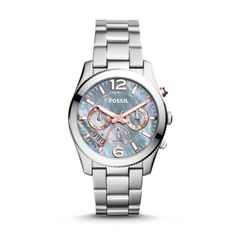 The most perfect (boyfriend) watch of the season is timed to her style. Mirroring the gradient colors and twinkling stars across a winter sky, a stainless steel topring, gray mother-of-pearl dial and rose accents give this special timepiece a hint of sparkle.