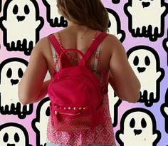 Fantasma look  #mochila tachas  #musculosa boho  #musthave #siguetusueño #look #me #like #outfit #ootd #summer #aloha #verano