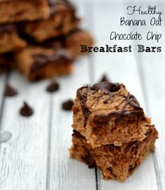 These healthy Banana Oat Chocolate Chip Breakfast Bars are one of the simplest recipes ever.  They have no flour and no eggs and can be easily made gluten free and vegan as well.