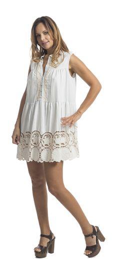 Abito denim e macramè | Cotton denim dress with macramé lace embroidery