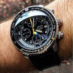 SEIKO Men's Pilot Watch Alarm Chronograph Seiko Pilot Watch, Seiko Military Watch, Vintage Watches For Men, Luxury Watches For Men, Seiko Mod, Tictac, Diy Gifts For Men, Jet Engine, Seiko Watches