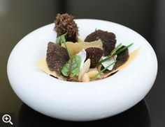 Our thoughts on Grace, the ambitious new fine-dining restaurant from chef Curtis Duffy.