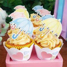 Cupcakes fofos da Chuva de Amor! ☔☁ #promoveeventos #festachuvadeamor #chuvadeamor #cupcake #estachovendoamor