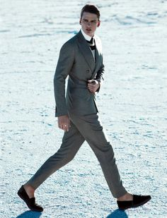 With sublime elegance Mert and Marcus shaped Spring Summer 2012 Giorgio Armani campaign starring Milou Van Groesen and Simon Nessman. Simon Nessman, Giorgio Armani, Sharp Dressed Man, Well Dressed Men, Armani Suits, Armani Men, Suit And Tie, Couture, Gentleman Style