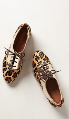 adorable leopard print oxfords http://rstyle.me/n/mnhsmr9te
