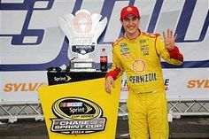 Logano's fine week continues with Team Penske contract extension | FOX Sports