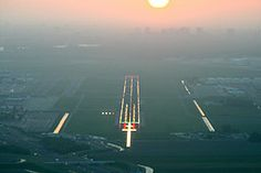 Early morning arrival AMS