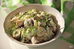 V kuchyni vždy otevřeno ...: Salát z pečených brambor s bylinkami Potato Salad, Salads, Veggies, Potatoes, Ethnic Recipes, Food, Vegetable Recipes, Vegetables, Potato