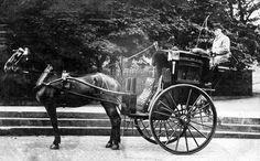 Tour Scotland Photographs: Old Photograph Hansom Cab Edinburgh Scotland