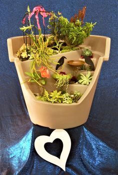 Eco Personal Garden Broken Pot in putty beige planted with succulents