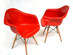 Eames DAR available now in  six pieces...