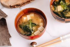 miso soup no seaweed - miso soup with seaweed ; miso soup without seaweed ; miso soup no seaweed ; Japanese Miso Soup, Japanese Dishes, Japanese Food, Japanese Recipes, Tofu Miso Soup, Unagi Sauce, Dashi Broth, Asian Grocery, Vegane Rezepte