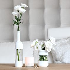 Waste glass upcycling - three ideas for glass bottles muckout.deReuse old glass - three upcycling ideas for glass bottles: hanging vases with macrameCool painting ideas for DIY glass vasesSuper cool idea for DIY vase l Empty Bottles, Bottles And Jars, Glass Bottles, Upcycled Home Decor, Diy Home Decor, Room Decor, Wall Decor, Wall Art, Ideas Geniales
