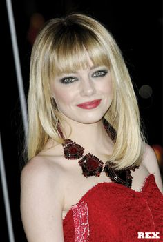 Emma Stone - gorgeous straight blow dry with added volume