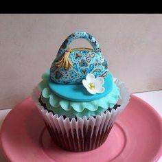 Vera Bradley cupcake!