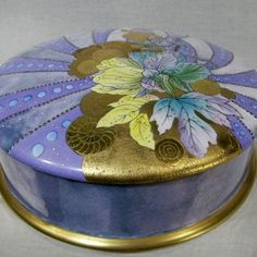 421px-421px-Handpainted-Signed-Cake-Box.jpg